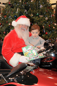 Just in case Santa doesn't peak English at the North Pole Liam Fegley (age 3) pasted pictures of what he wants for Christmas onto his list. How's THAT for being prepared! Orwigsbug, PA